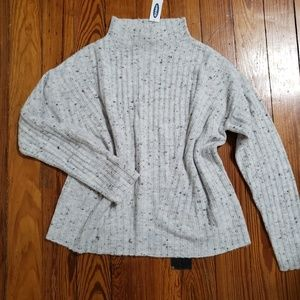NWT Old navy mock neck sweater